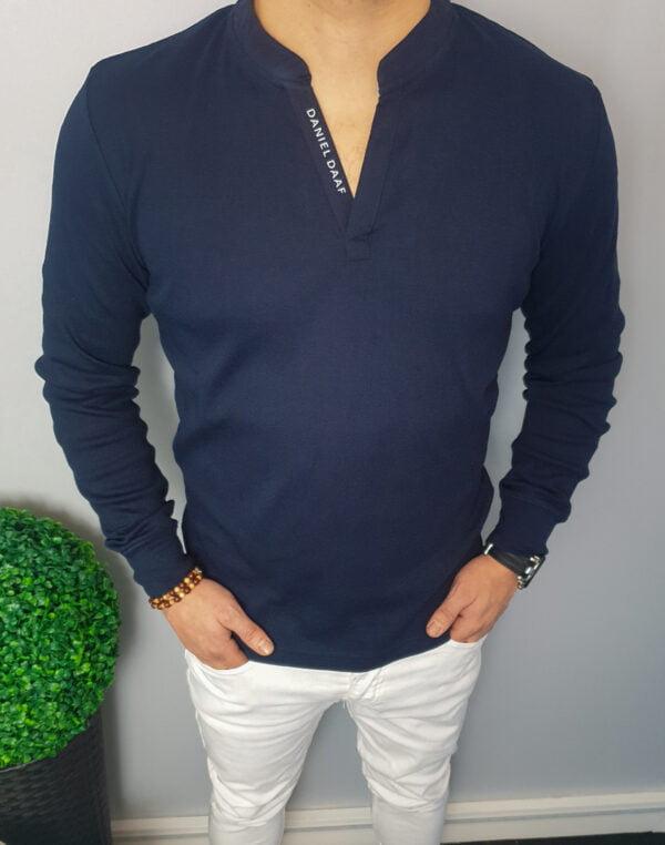 Granatowa męska koszulka z długim rękawem