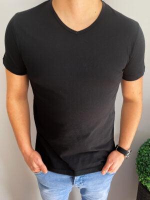 Klasyczna męska koszulka w serek