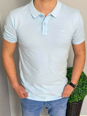 Błękitna koszulka polo