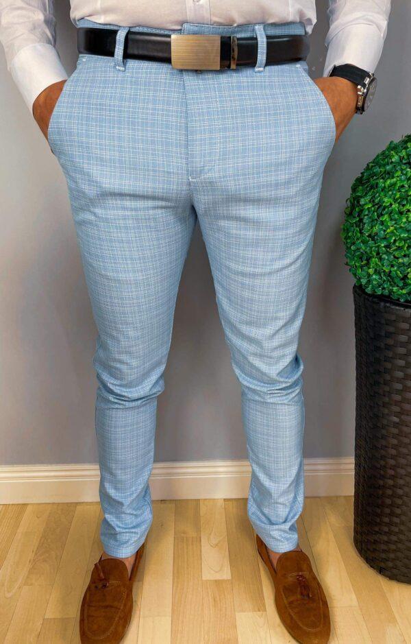 Niebieskie spodnie męskie slim fit w kratę