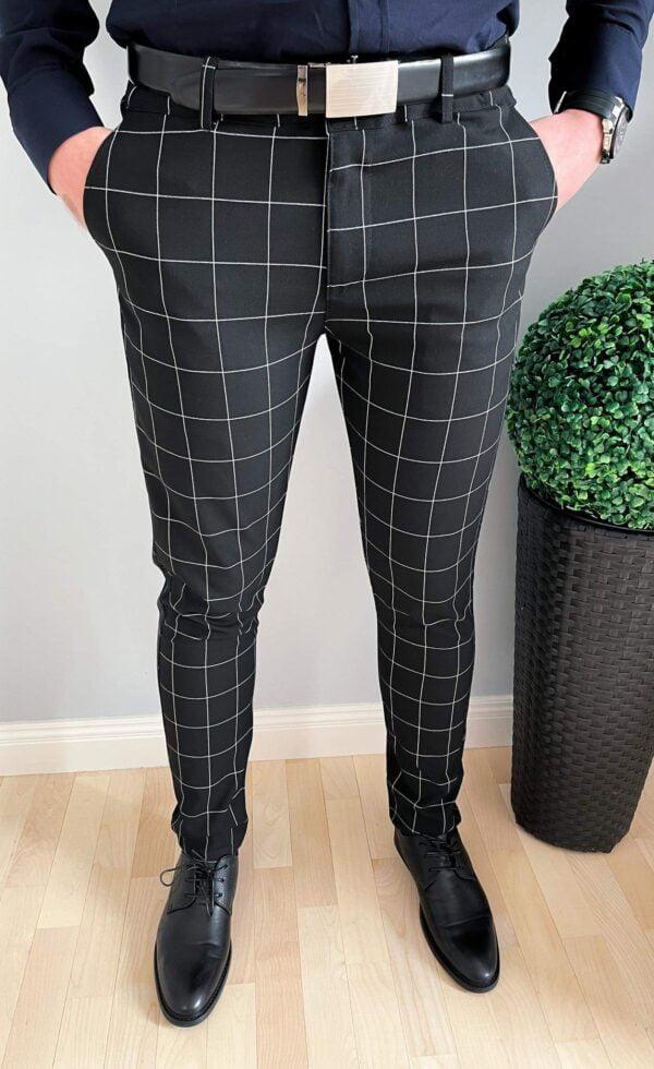 Czarne wizytowe spodnie w białą kratę