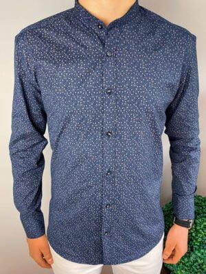 Granatowa koszula męska ze stójką w delikatne wzory