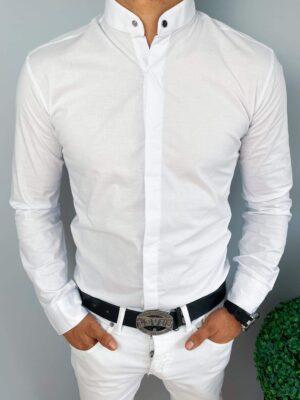 Biała męska koszula z ozdobnym napem